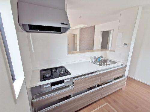 同形状・同仕様写真 広いシンク 使い勝手の良いキッチンです♪(キッチン)