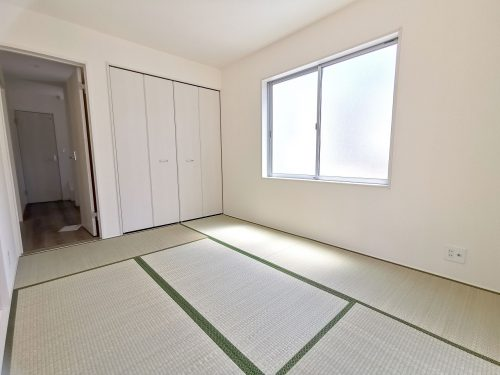 和室入口は2WAY♪廊下側からもリビング側からも入れます。