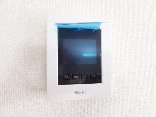 来客時に便利な、カラーTVモニター付きインターホン♪録画機能が付いているので安心です♪